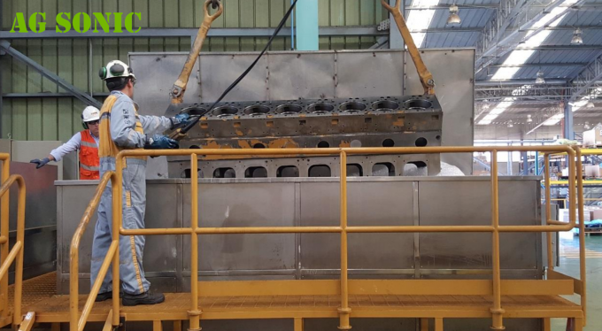 Deep Ultrasonic Cleaner Cleaning Of Large Engine Block Cylinder And Cylinder Heads (Steel Alloy) 2meters