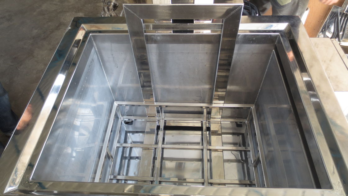 304 Stainless Steel Heated Soak Tank , 230L 3 KW Oven Cleaning Dip Tank